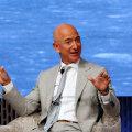 Bezos pole siin heategevusest kuulutamas, pilt on tehtud teisel üritusel mullu hiliskevadel. Aga umbes sellist elevust võiks ta rõõmsast uudisest kuulutades näidata. (Foto: REUTERS)