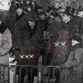 Pildilehes märgiti inimesi kas mustade või valgete ristikestega ning nii sai pildiallkirjadest kokkupanna, kellega tegu!