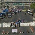 Tai meeleavaldajad alustasid Bangkoki blokeerimist, nõudes peaministri tagasiastumist