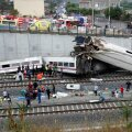 Hispaania politsei langetas rongiõnnetuse ohvrite arvu 78-le