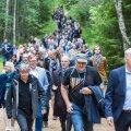 Euroopa Liidu keskkonnaministrid Paukjärve loodusrajal