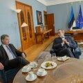 FOTOD: President Ilves kohtus riigivisiidile saabunud Soome riigipeaga