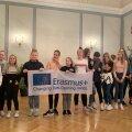 Ühe projektikohtumise lõpetamine Pärnu Kuninga tänava põhikoolis vahvate ja entusiastlike noortega.