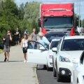 FOTOD ja VIDEO | Virtsus tervitab Saaremaale reisijaid viiekilomeetrine praamijärjekord