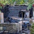 DELFI VIDEO ja FOTOD: Muhus põles maani maha rookatusega elumaja