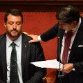 Itaalia peaminister Giuseppe Conte süüdistas tänases kõnes teravalt siseminister Matteo Salvinit (vasakul).