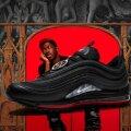 """Nike подала в суд на создателей """"сатанинских"""" кроссовок с человеческой кровью"""