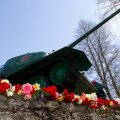 Narva linna fašistide käest vabastamise mälestusmärk Narva jõe kaldal