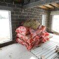 Pangast teatati enne laenu andmist, et enne tuleb majast teha pilt, mis näitab, et maja on valmis ja korralikult renoveeritud.