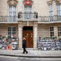Myanmari suursaadikut Londonis ei lastud enam saatkonda sisse ja ta ööbis autos