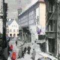 Harju tänav. Vanal fotol vaade Harju tänavale Tallinna vanalinnas 68 aastat tagasi ehk 1944. aastal. (Foto Artur Rätsep / EE arhiiv, montaaž Mart Nigola. Kõik tänapäevased fotod: Vallo Kruuser.)