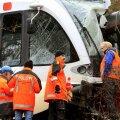 Šveitsis sõitis reisirong maalihke tõttu rööbastelt maha