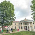 Kahele Kõue mõisas tehtud kahepäevasele tööinspektsiooni juhtide koolitustele kulus kokku pea 10000 eurot.