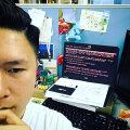 Reklaamiagentuuride võrgustiku WPP Hogkongi osakonna töötaja autoportree Petjaga nakatunud arvutiga.