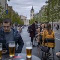 В Европе ослабляют ограничения, введенные из-за коронавируса