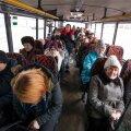 Kuigi tasuta bussiliiklus Lääne-Virumaale ei jõua, võivad tööandjad pildile jäänud Kunda ja Rakvere vahel liiklevatele töölistele tulevikus bussipileti kinni maksta ilma lisamakse tasumata.