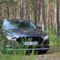Mazda 3 mootori hääl on mõnusalt tummine, sellesse panustab suurem töömaht.