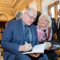 В честь начала года эстонского языка в свет вышло два произведения книжной серии ЭР100