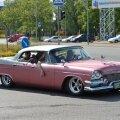 FOTOD: Tallinnas võis märgata stiilseid klassikalisi Ameerika autosid