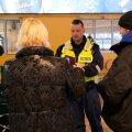 Politsei- ja piirivalveameti töötajad kontrollisid teisipäeval Tallinna Vanasadamas laevalt saabujaid.