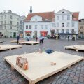 FOTOD: Raekoja platsile ehitatakse jõuluturgu