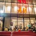 Haridusministeerium saab pärast H&M-i poodide avamist küsimusi riidevaliku kohta