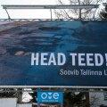 Head teed reklaamplakat Vabaduse pst ja Männiku tee ristmikul