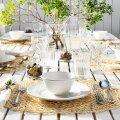ФОТО | Как сочетать столовые приборы и посуду, чтобы придать праздничному столу свежий вид