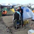 EPL ja Delfi Kreeka-Makedoonia piiril: pagulaslaager paisub iga päevaga