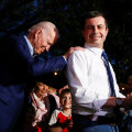 Joe Biden ja Pete Buttigieg