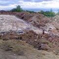 Laagri: Nõukogude armee raketijuhtimiskeskuse lammutamine Laagris tänavu kevadel. Mitut maa-alust korrust hõlmanud ala ootab nüüd tööstus- ja laohooneid. (www.militaar.net)