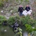 FOTOD ja VIDEO   Koristuspäeval leiti Lasnamäe Pae pargi tiigist surnukeha