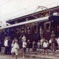Esimene elektrirong Nõmme jaamas.