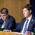 Urmas Reinsalu ja Martin Helme valitsuse pressikonverentsil