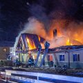 TULEMÖLL PANSIONAADIS: Hilisõhtul alanud põleng suudeti lokaliseerida poole neljaks hommikul.