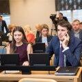 Tallinna linnavolikogus olid Anastassia Kovalenko ja Rainer Vakra pinginaabrid.