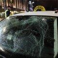 FOTOD | Vabaduse väljakul jäi välismaalasest jalakäija takso alla
