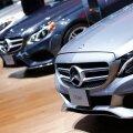 C-klassi Mercedes Detroiti autonäitusel.