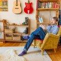 Muusik Indrek Tammoja ütleb, et kerge on end terveks eluks arvuti taha töötama unustada, selle asemel et oma tõeline kutsumus leida.