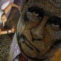 """Ukraina kunstniku Darja Martšenko 2015.a valminud teos """"Sõja nägu"""", mille valmistamiseks kulus 5000 separatistide territooriumilt korjatud padrunikesta."""