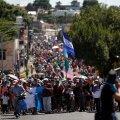 Läbi Mehhiko USA suunas liikuv migrandikaravan on kasvanud üle 7000 inimese suuruseks