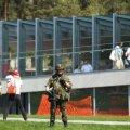 Eelmisel kevadel toimus kaitseväe suurõppuse «Kevadtorm» raames Tallinna teletorni juures Kaitseliidu näidislahing, kus peeti kinni terroristid. Esiplaanil Nõmme malevkonna pealiku abi nooremleitnant Jürgen Sarmet