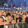 Euroopa Liitu astumise pidustustel Zagrebis võis näha nii naeratavaid kui ka sügavalt mõttesse vajunud inimesi.