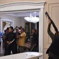 Kokkupõrked Almazbek Atambajevi residentsis