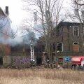 Tallinnas Koplis 5. liinil põles tsaariaegne mahajäetud elumaja.