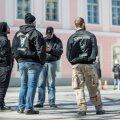 Varjusurmas olnud Odini sõdalased ilmusid Toompea meeleavaldustel taas avalikkuse ette.