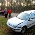 FOTOD: Soome numbrimärgiga auto osales kolmikavariis