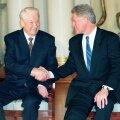 Ельцин предлагал Клинтону тайную сделку: сделаем так, чтобы страны Балтии и Украина не попали в НАТО