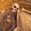 Praeguseks on Tatari tänavalt leitud kümme kunagi n-ö katkukalmistule maetud skeletti.