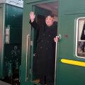 Kim Jong-un asus oma soomusrongiga Vietnami poole teele